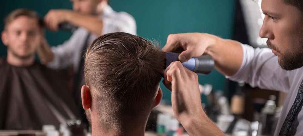 薄毛男性のヘアスタイル